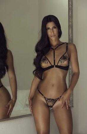 Hanna female companion with exclusive lingerie in Ibiza