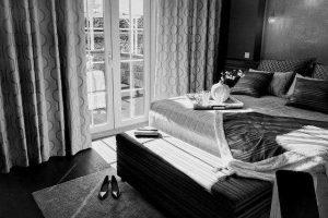 Foto de una lujosa habitación en el Hotel Ritz de Madrid, habitual entre citas de escorts