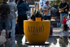 Champagne Fiesta de la primavera Con Putas de lujo en Ibiza