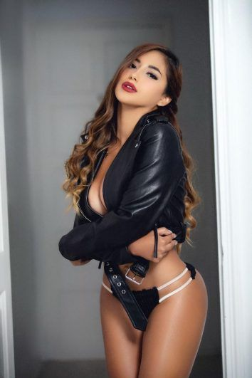 Karina hot girl for vip companion